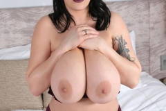 Leanne Crow Huge Tits in Lacy Burgundt Bra 020