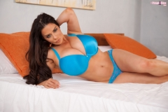 Linsey Dawn McKenzie Huge Tits Blue Bra and Panties 01