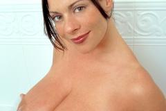 Linsey-Dawn-McKenzie-Huge-Tits-Get-Taken-for-a-Bath-007