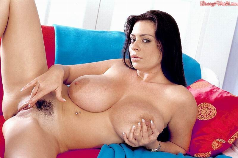 Linsey-Dawn-McKenzie-Huge-Tits-in-Tight-Blue-Top-and-Red-Miniskirt-015