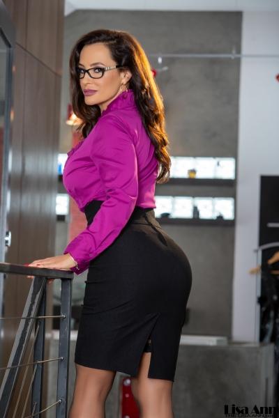 Lisa-Ann-Big-Tit-Tight-Skirt-Secretary-1003
