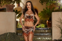 Lisa-Ann-Big-Tits-in-Leopard-Print-Bikini-Top-and-Miniskirt-002