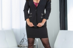 Lisa-Ann-Big-Tits-Very-Tight-Business-Suit-and-Skirt-1002