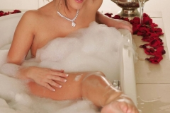 Lucy Pinder Big Tit Bathtime Again 03