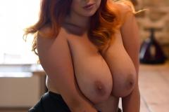 Lucy V Big Boobs in Black Body 015