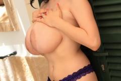 Luna-Amor-Huge-Tits-in-Purple-Bra-and-Panties-007