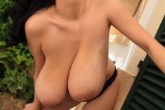 Luna-Amor-Huge-Tits-in-Purple-Bra-and-Panties-014