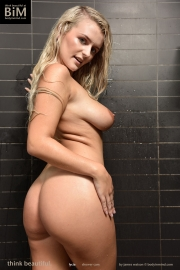 Lycia Big Tits Get Naked in the Shower for Body in Mind 013