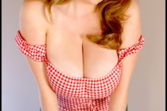 Maggie Green Huge Boobs and Cleavage 005