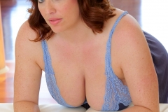 Maggie Green Huge Boobs in Tight Blue Top 011