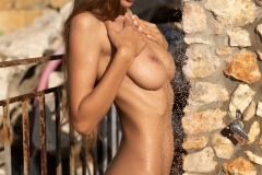 Malina-Big-Tits-get-an-Outdoor-Shower-for-Photodromm-007