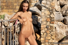 Malina-Big-Tits-get-an-Outdoor-Shower-for-Photodromm-008