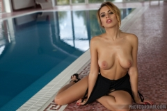 Margot Big Boobs Naked in High Heels at the Pool 004