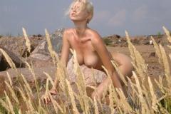 Maria Kenig Big Boobs Hot in the Sunshine 009