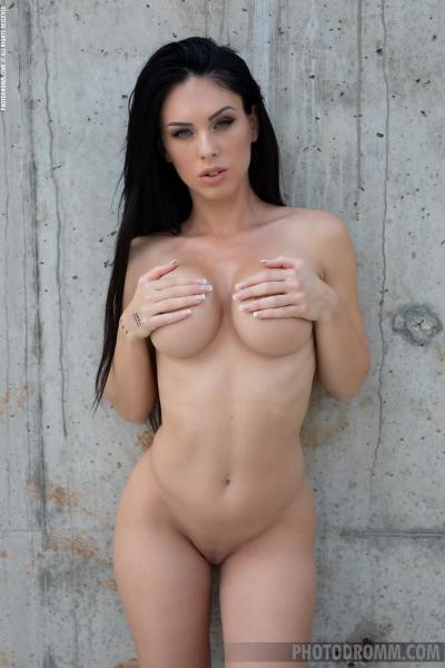 Megan-Big-Tits-in-Red-bikini-for-Photodromm-009