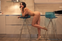 Melanie Big Tit Naked Fund in the Kitchen for Photodromm 010