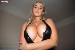 Melissa Debling Big Boobs in Rubbery Top 011