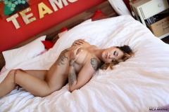 Mica Martinez Big Boobs Lacy Lingerie 007