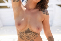 Mica Martinez Big Boobs Look Hot in Pink Top 015