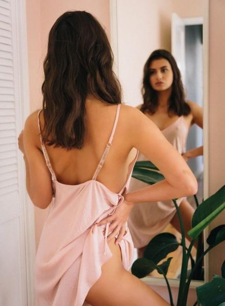 Nigo-Nice-Tits-in-Silky-Negligee-for-Playboy-001