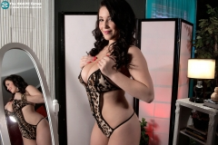 Noelle Easton Big Boobs Black Lingerie 005
