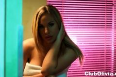 Olivia Austin Big Boobs Gets Naked doing her Makeup 007