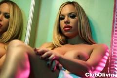 Olivia Austin Big Boobs Gets Naked doing her Makeup 008
