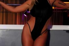 Olivia-Austin-Big-Tit-Blonde-at-the-Strip-Club-001