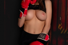 Paris-Big-Tit-Boxing-Babe-for-Photodromm-002
