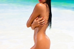Priscilla-Huggins-Big-Tits-Look-Hot-on-the-beach-for-Playboy-003