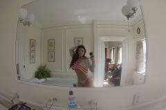 Romi Rain Big Boob Bathtime Selfies 001