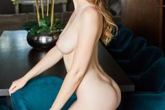 Rosie-Danvers-Big-Tits-in-Sponsored-Black-Bikini-009