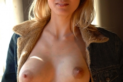 Roxio-Big-Tits-Naked-Under-Her-Coat-for-Body-in-Mind-011