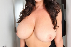 Sarah Nicola Randall Big Tits Purple Bra 00