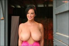 Sarah Nicola Randall Huge Boobs in Pink Bra 020
