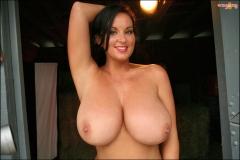 Sarah Nicola Randall Huge Boobs in Pink Bra 025
