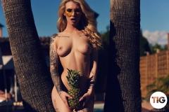 Saskia Valentine Big Breasts Tight Yellow Swimsuit in the Sunshine 014