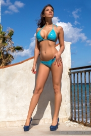 Savannah Big Boobs in Shiny Blue Bikini for Photodromm 001