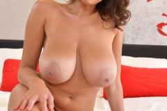 Sensual-Jane-Big-Boobs-in-Red-Bra-and-Red-Silky-Panties-004