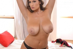 Sensual-Jane-Big-Boobs-in-Red-Bra-and-Red-Silky-Panties-005