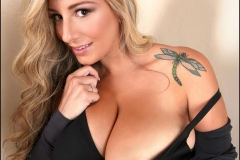 September Carrino Big Breasts Black Bra and Shirt 01
