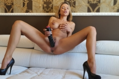 Shalina-Devine-Big-tits-and-Big-Dildo-010