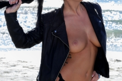 Sophy Davis Big Boobs Tights then Beach 006