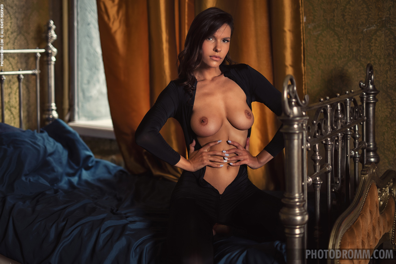 Suzanna Big Boobs Black Sheer Catsuit for Photodromm 004