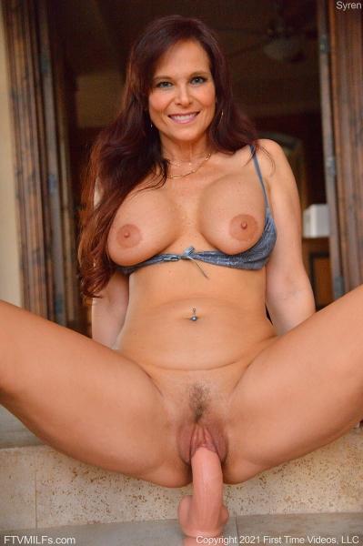Syren-Big-Tits-in-TIght-Blue-Dress-for-FTV-Milfs-010