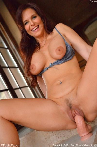 Syren-Big-Tits-in-TIght-Blue-Dress-for-FTV-Milfs-013