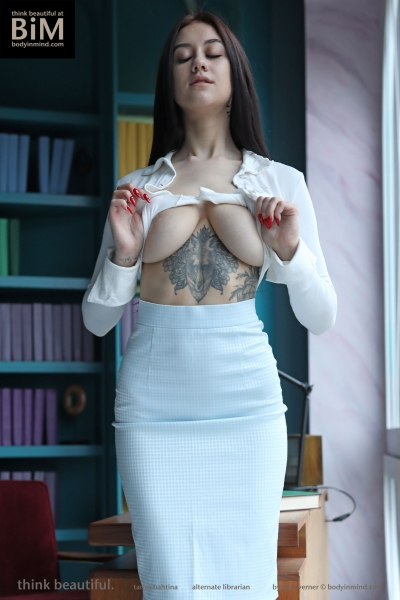 Tanya-Big-Tits-Come-out-in-the-Library-for-Body-in-Mind-004