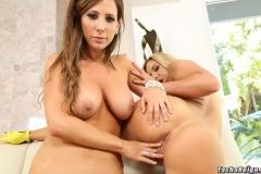 Tasha-Reign-and-Olivia-Austin-Show-Big-Tits-027
