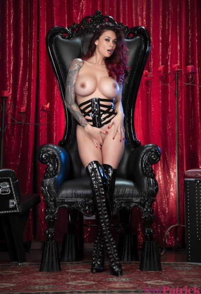 Tera-Patrick-Big-Tits-and-Thigh-High-Leather-Boots-1005