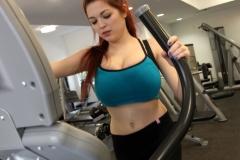 Tessa Fowler Big Tit Gym Bunny 02